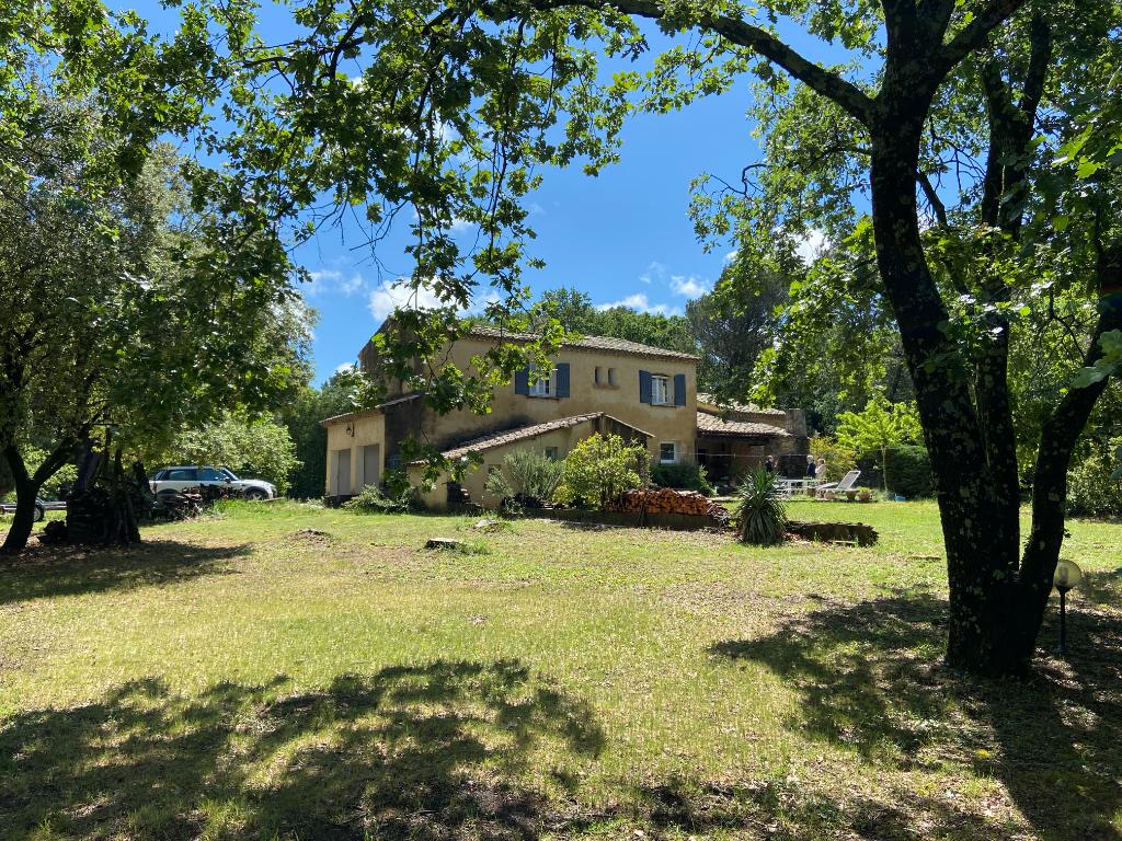 Villa 7 pièces 240 m²  à Bagnols sur Cèze à vendre