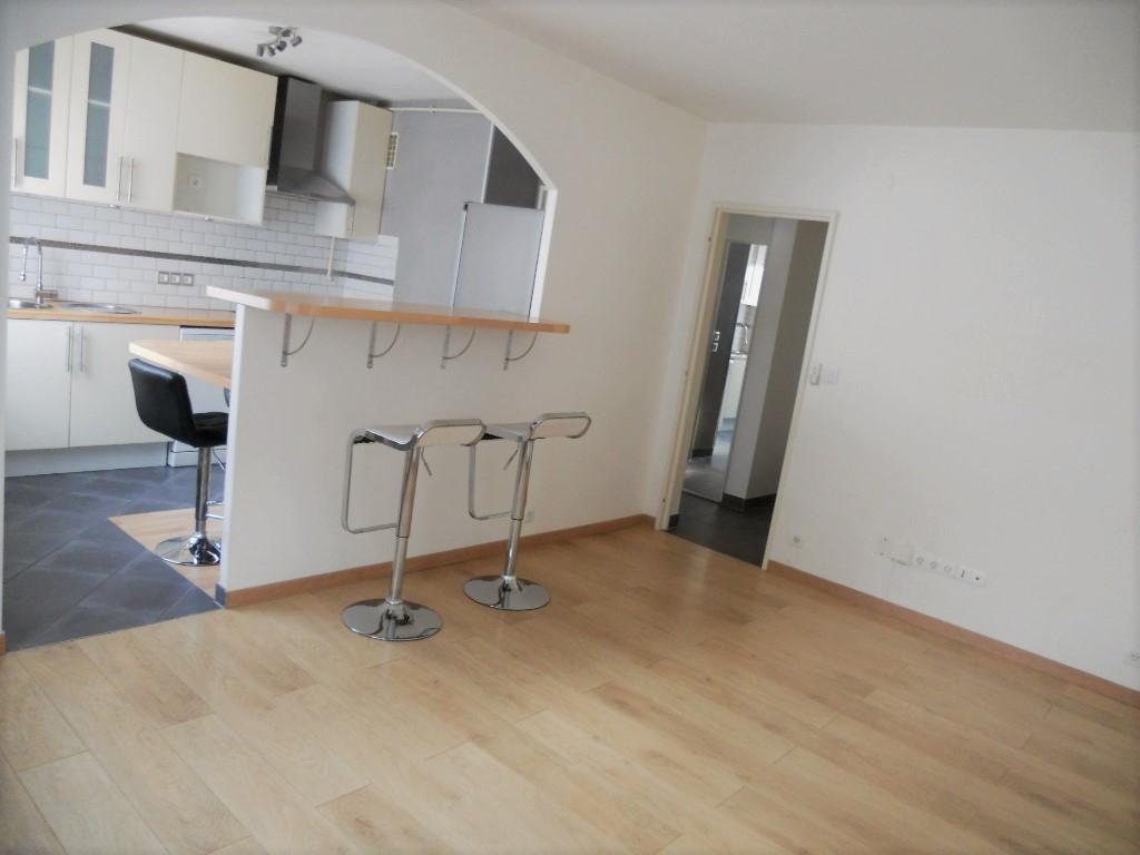 Appartement 2 pièces 50 m² cave Box en sous-sol à louer à METZ SABLON
