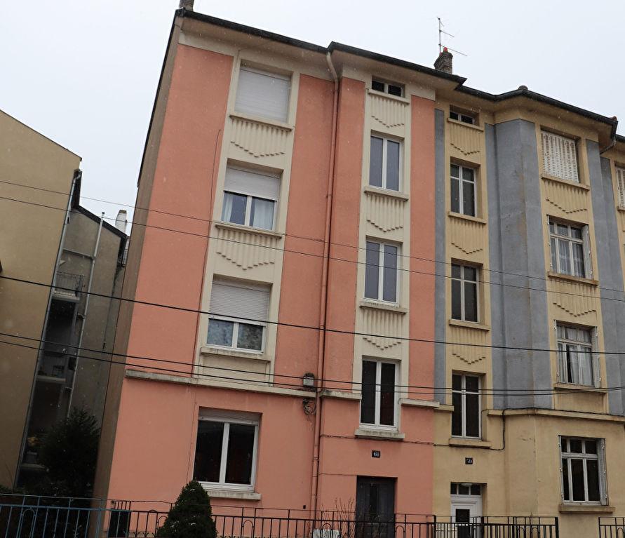 Immeuble de 235 m² composé de 5 appartements caves et jardin à vendre à METZ SAINTE THERESE