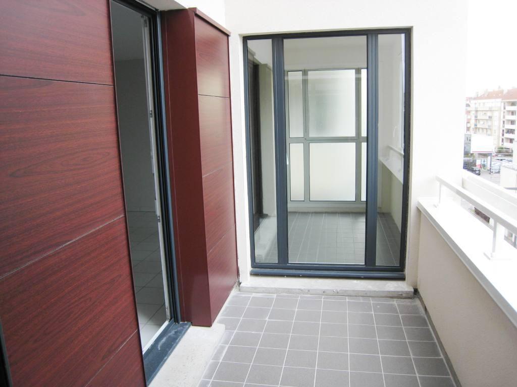 Appartement 2 pièces avec véranda, terrasse et box en sous-sol à louer à METZ