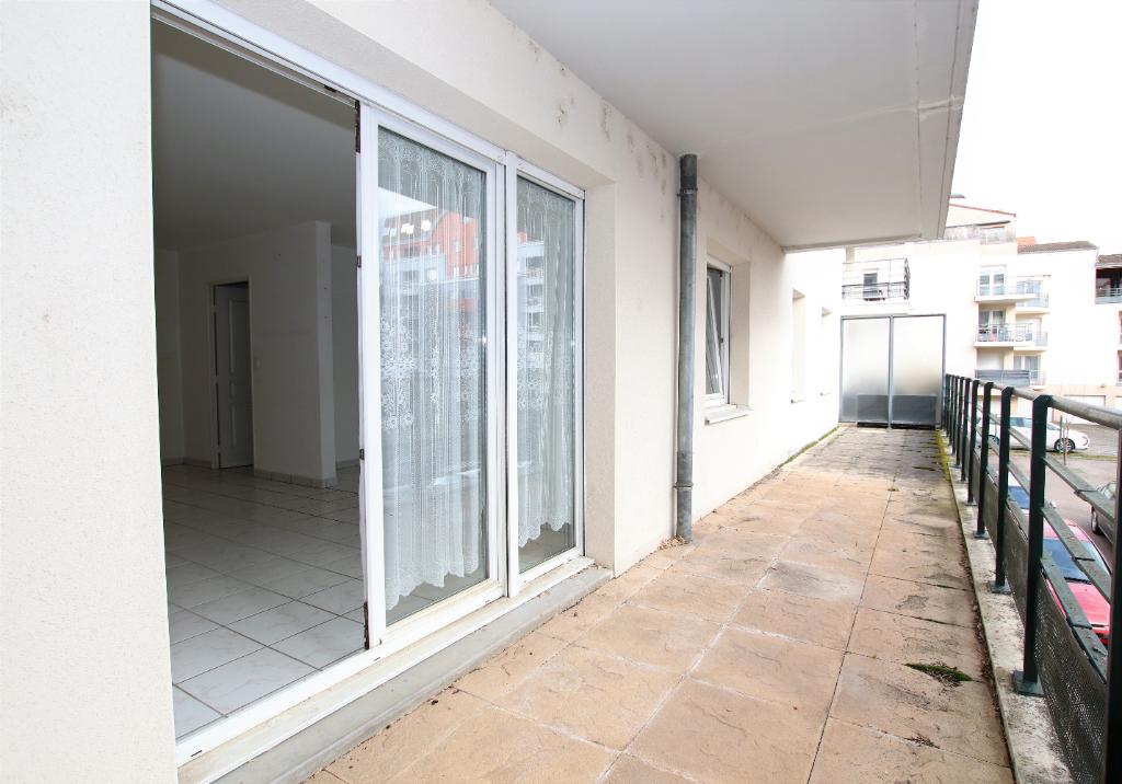 Appartement 4 pièces de 80 m² 2 chambres terrasse garage à vendre à METZ SABLON