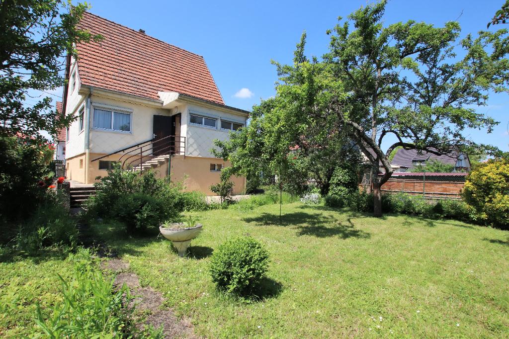 Maison individuelle 4 pièces 102 m² sous-sol garage jardin à vendre à METZ Plantières