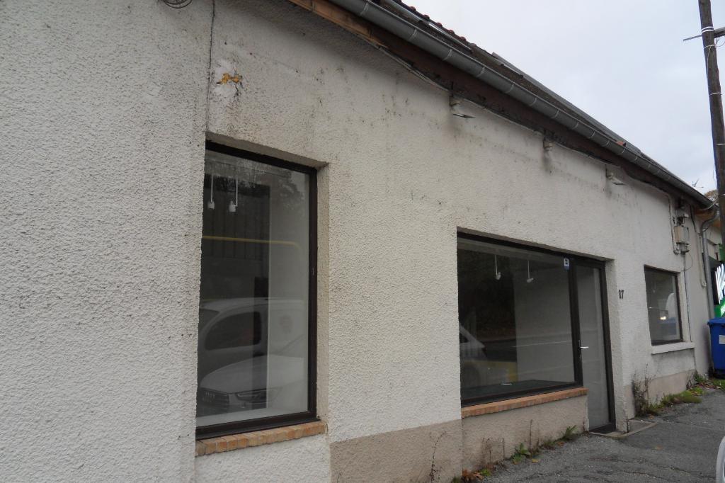 Appartement - Local commercial - Maintenon 3 pièces 47.05 m²