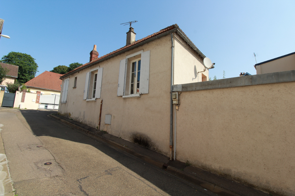 Chartres, ensemble immobilier proche gare