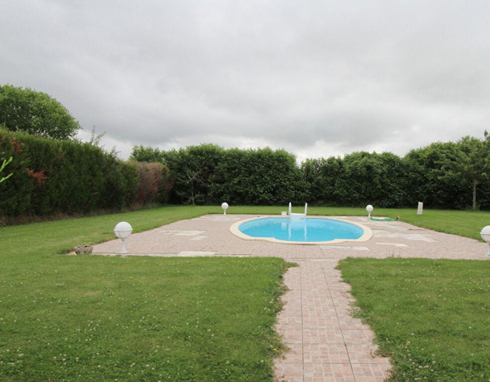 Proche Maintenon, Chaumière de 147 m²  sur 2000m²