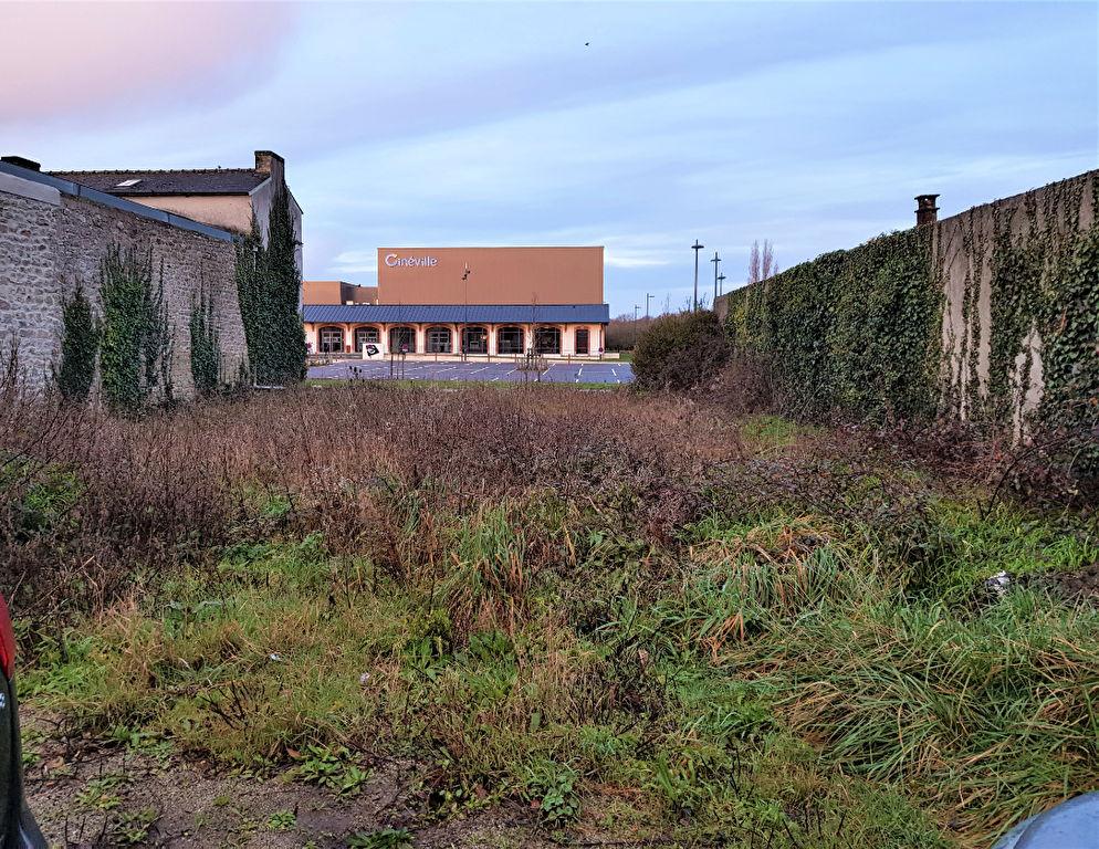 Terrain de 448 m² à PONT L'ABBE en face du Cinéville