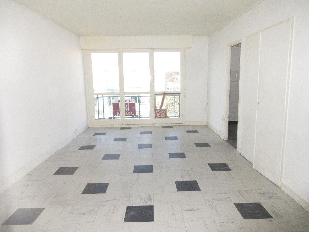 Appartement  4 pièce(s) - MONTLUCON