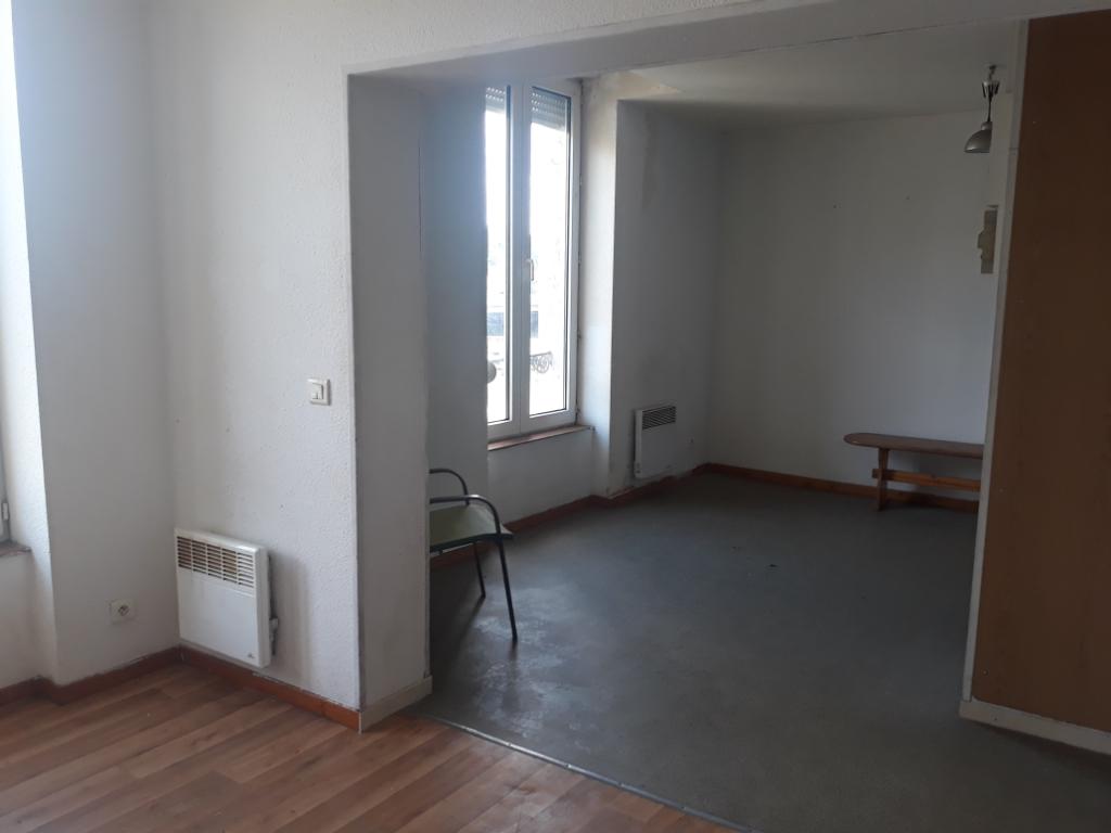 Appartement Montlucon 1 pièce(s) 27.70 m2