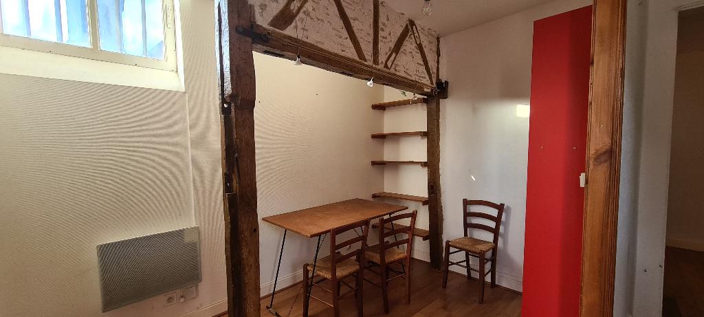 Appartement et local commercial Varennes Sur Allier  99m²