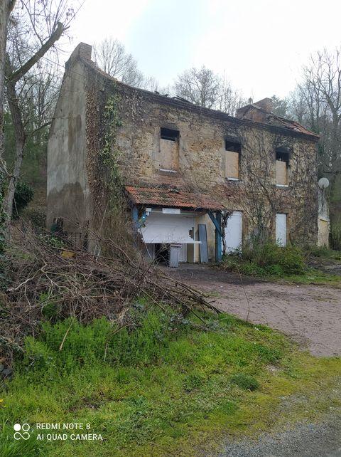 Maison de campagne à Montvicq
