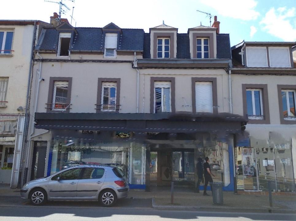 Immeuble Montlucon 12 pièce(s) 270.47 m2