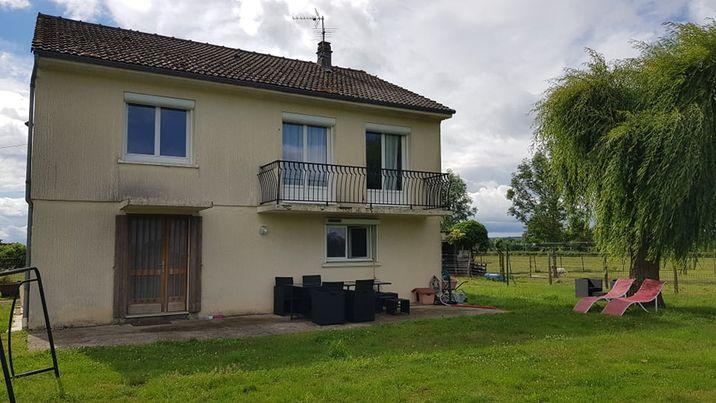 Maison Neris Les Bains 6 pièce(s) 150 m2
