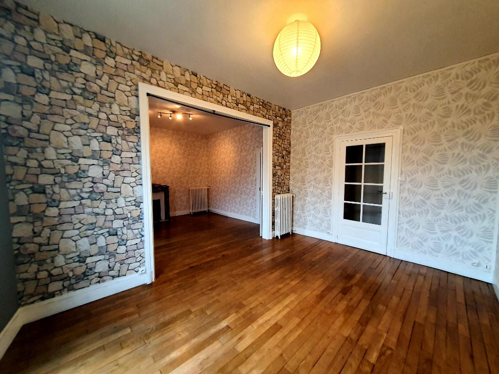 Appartement Montlucon 3 pièce(s) 75 m2
