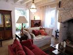 LES QUATRE ROUTES DU LOT Grande maison 5 chambres avec jardinet et dépendance.