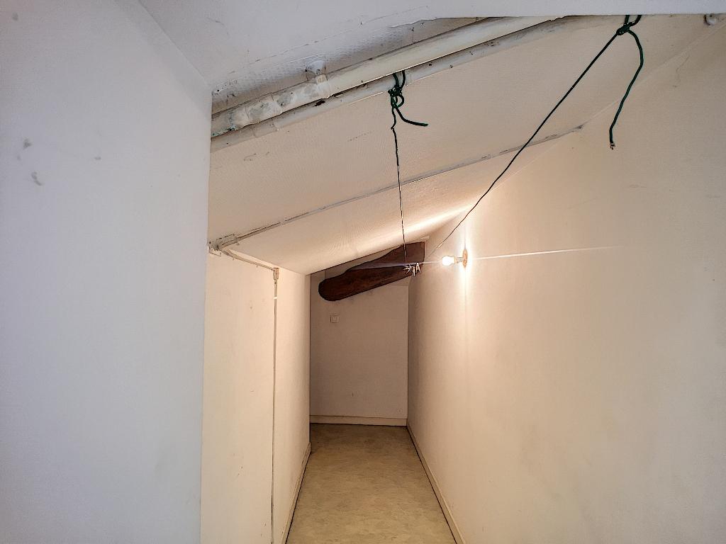 Appartement F4 de 76 m² au 3ème étage-COMMERCY