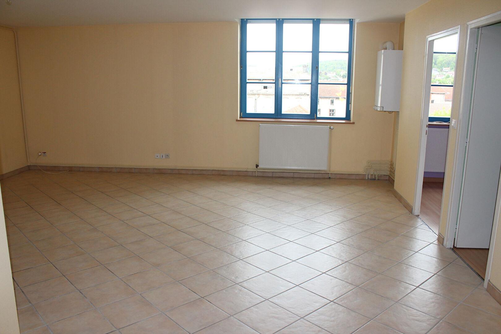 A louer Appartement LIGNY EN BARROIS 360