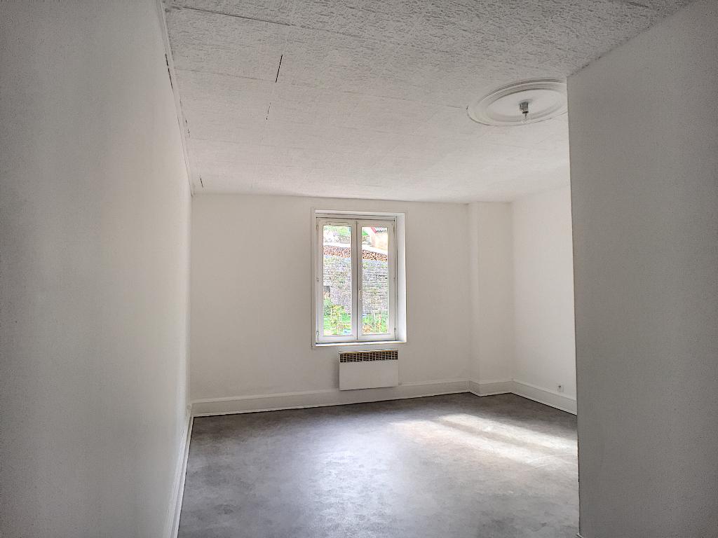A louer Appartement LEROUVILLE 280