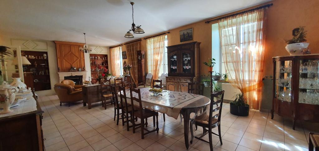 A vendre Maison VAUBECOURT 261m² 7 piéces