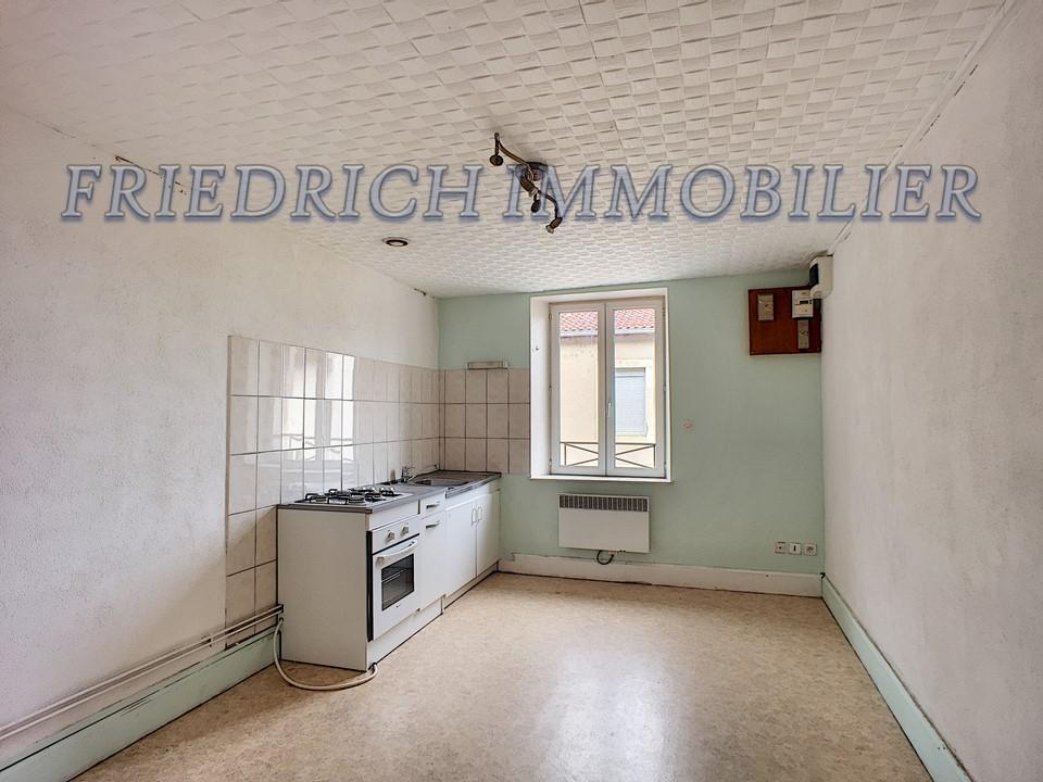 A louer Appartement LEROUVILLE 300
