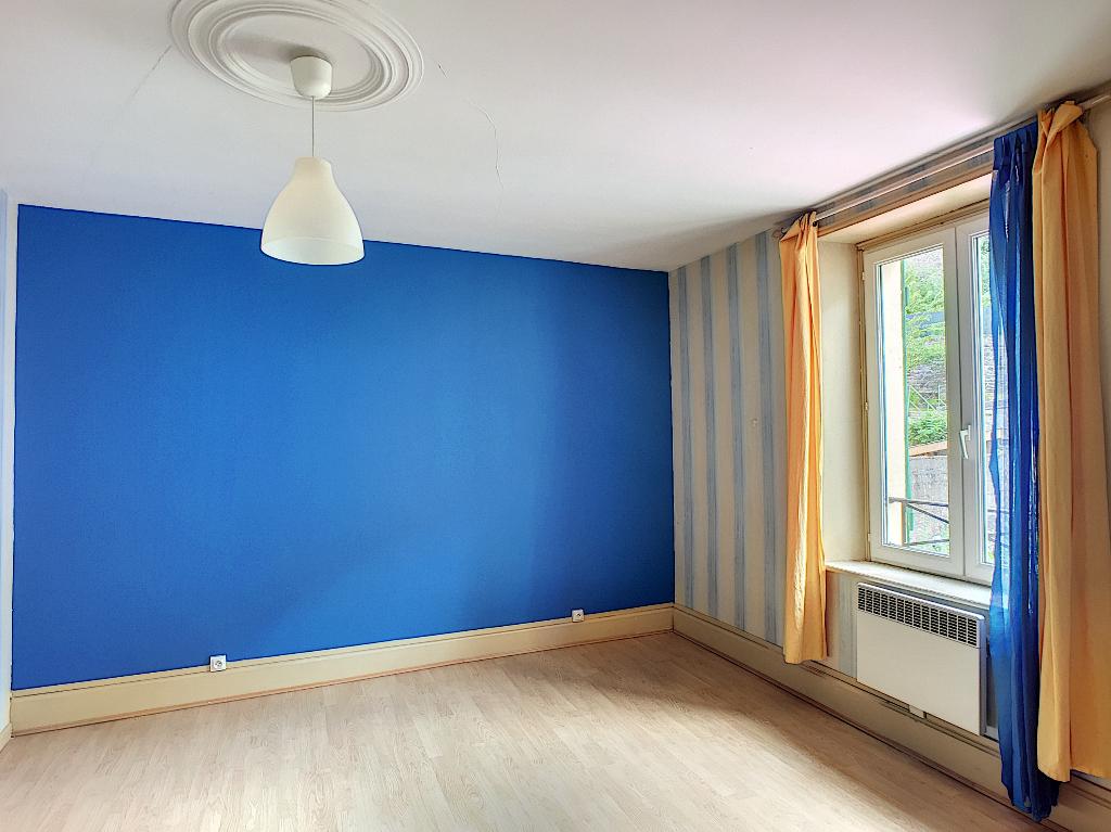 A louer Appartement LEROUVILLE 51m² 300 2 piéces
