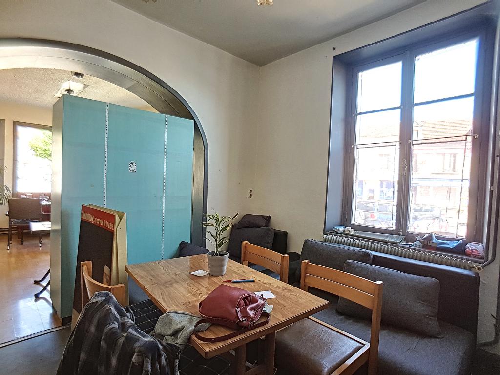 A vendre Immeuble CLERMONT EN ARGONNE 260m² 118.500 9 piéces