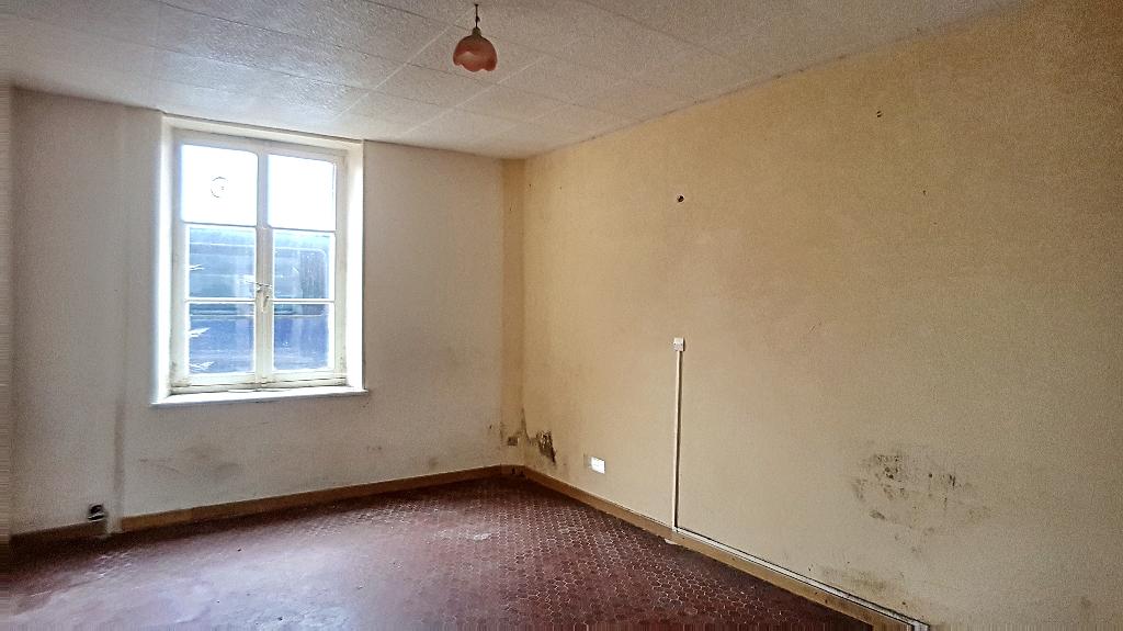 A vendre Appartement LIGNY EN BARROIS 75.6m² 30.000 3 piéces