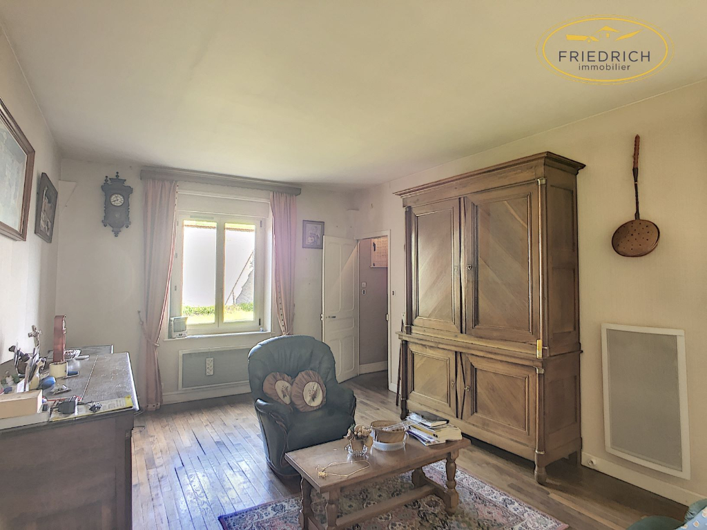 A vendre Maison LACROIX SUR MEUSE 140m² 135.000 7 piéces