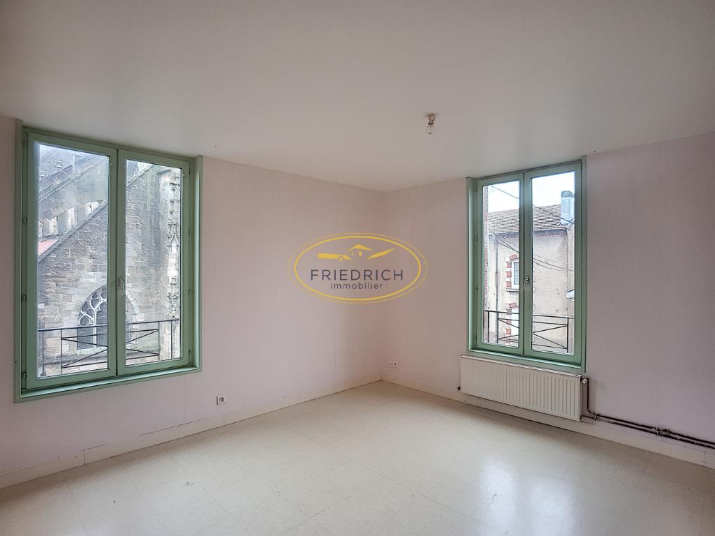 A louer Appartement REVIGNY SUR ORNAIN 102m² 480 4 piéces