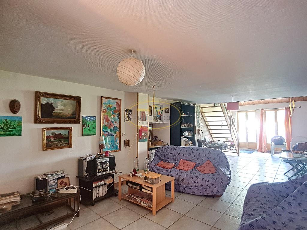 A vendre Maison WILLERONCOURT 115m² 62.000 6 piéces