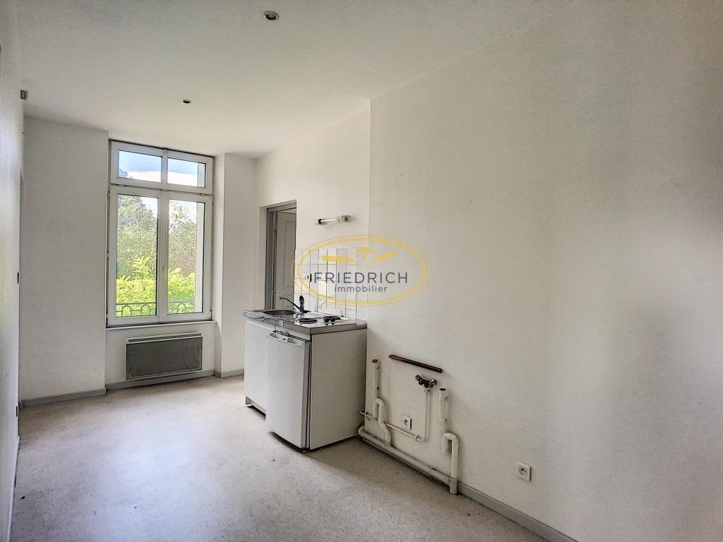 A vendre Immeuble COMMERCY 640m²