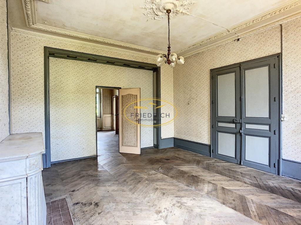 A vendre Immeuble COMMERCY 640m² 299.000 22 piéces