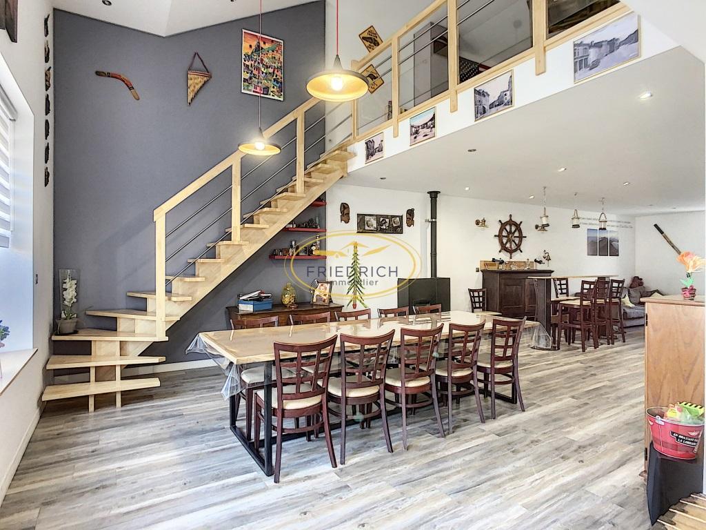 A vendre Immeuble SORCY ST MARTIN 270m² 199.000 5 piéces