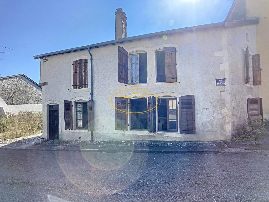 A vendre Maison MAXEY SUR VAISE 112m² 46.500