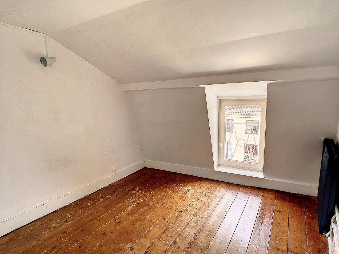 A louer Appartement COMMERCY 80m² 4 piéces