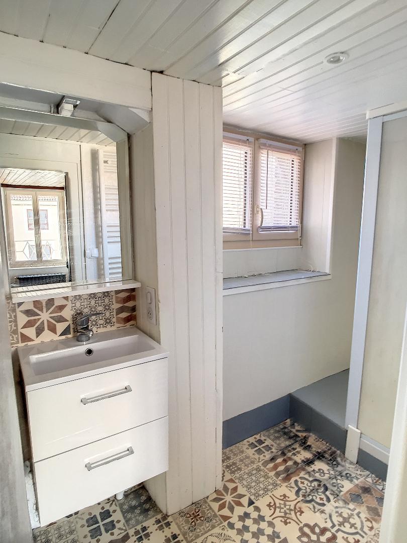 A louer Appartement COMMERCY 4 piéces