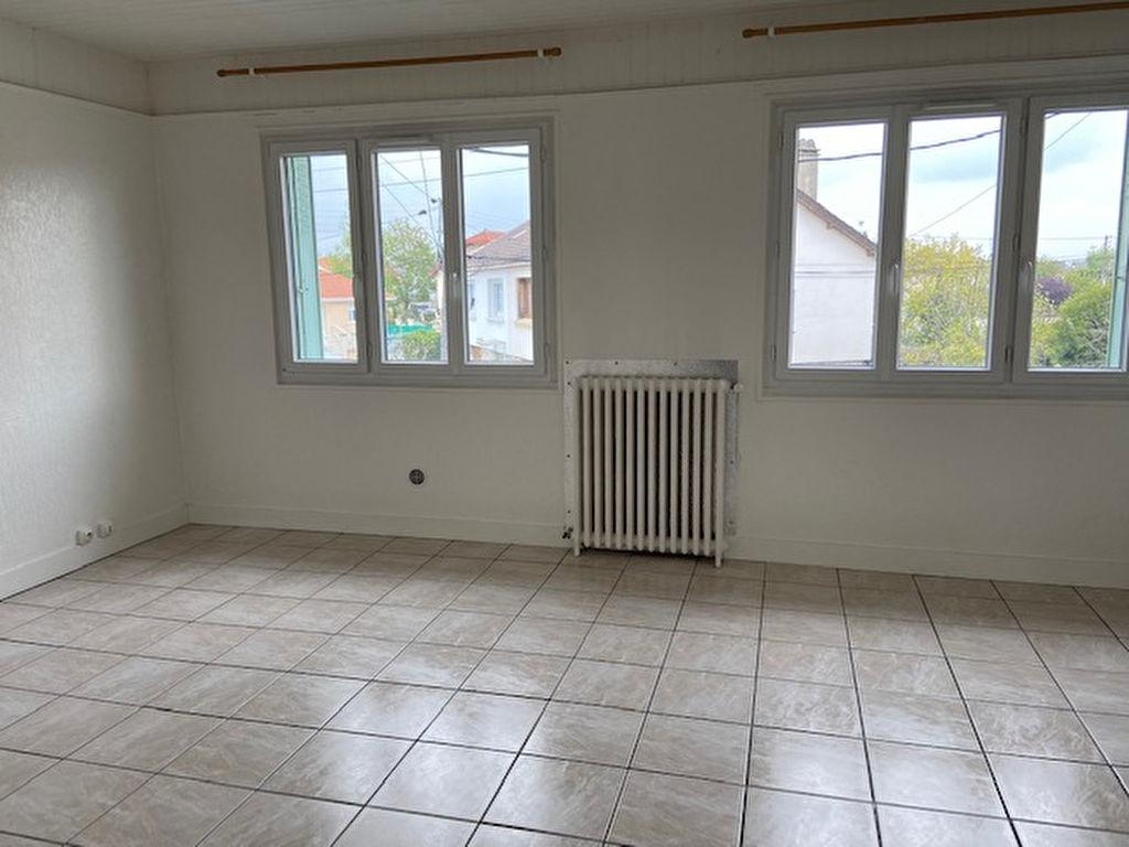 Tremblay En France -Cottage - Appartement 2 pièces 46.53 m²